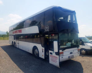 Van Hool bus decker-1